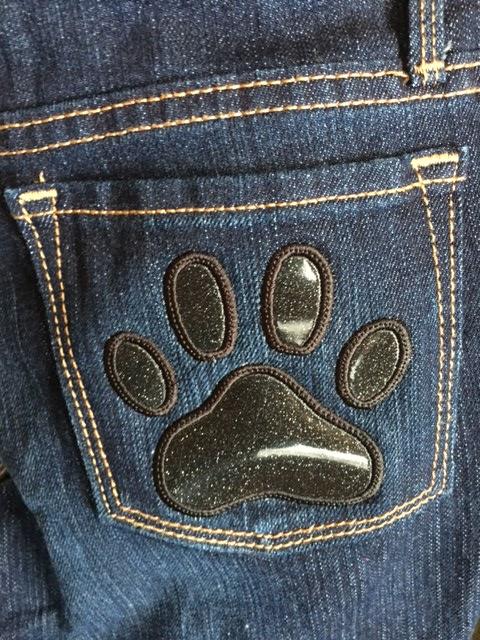 rt back pocket.JPG