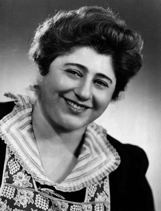 1960-61: Gertrude Berg