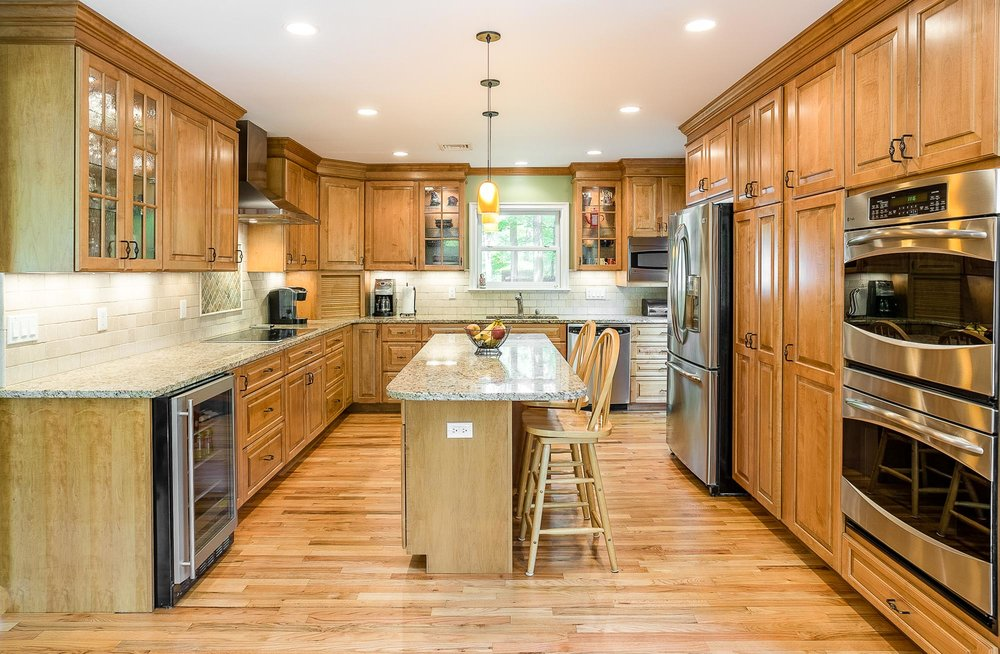 new kitchen in house for sale in cortlandt manor