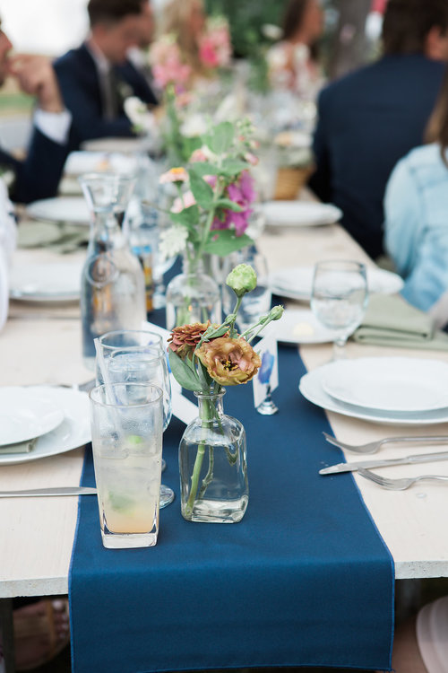 summer wedding tables under tent