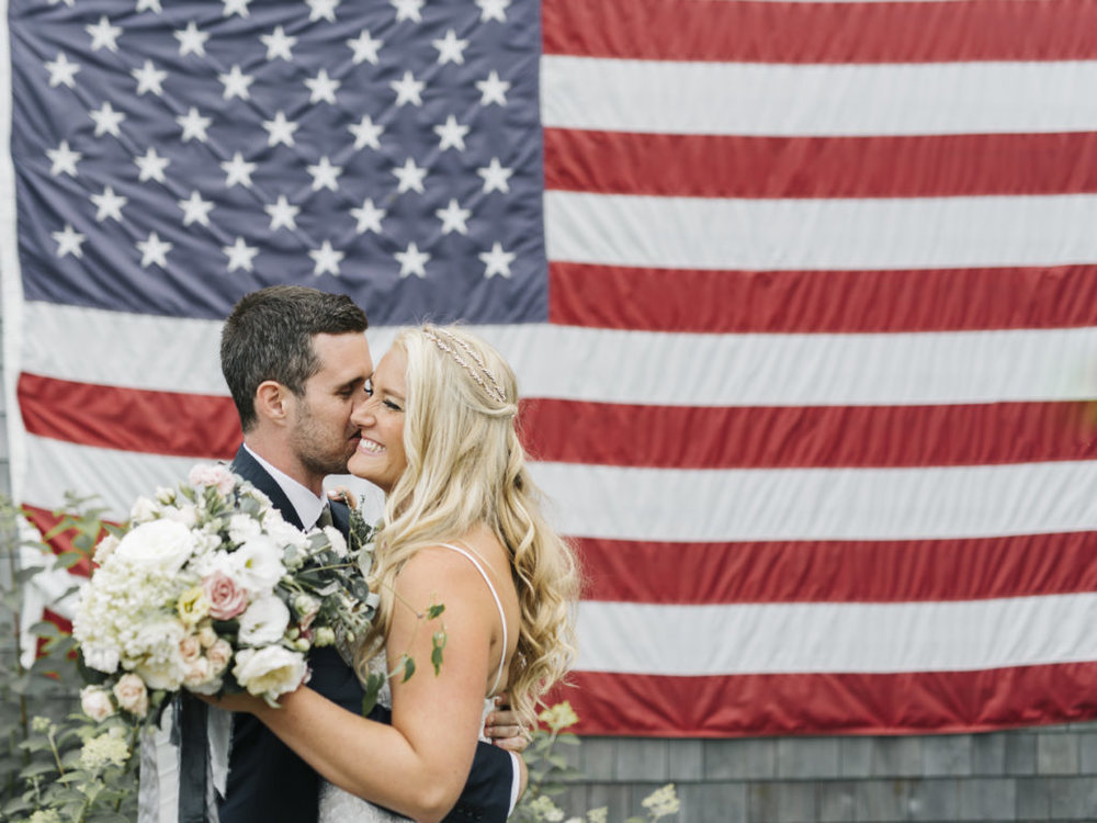 american flag kiss wedding