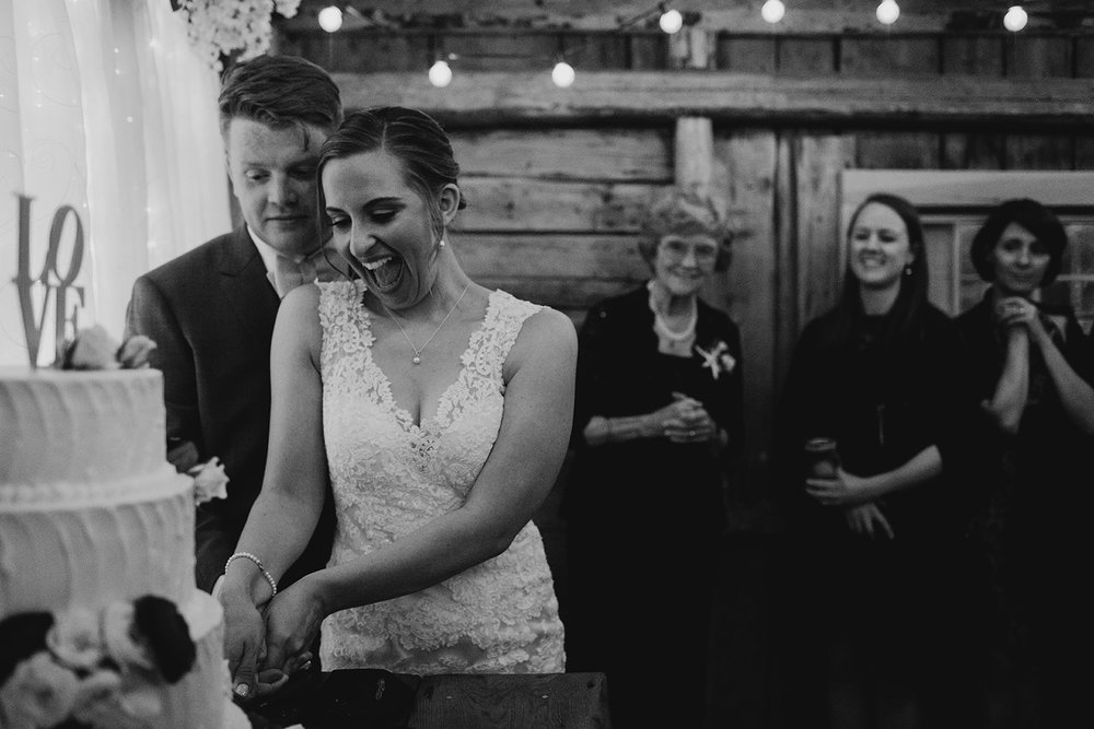 cake cutting, maine barn wedding