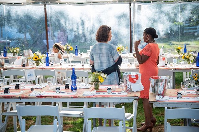 Deb and Nanci hosted the most fabulous and authentic lobster bake for their wedding reception... check out the lobster paper on the tables!⁣⠀ .⁣⠀ #livewellfarm⁣⠀ .⁣⠀ Deb + Nanci | September 22, 2018 | Venue: @livewellfarm | Event Coordination: @genevamwc #genevamwc | Catering: @hodgkins.kate | Bartending: @the.bar.association.maine | Rentals: @marshall_tent_and_event | Photography: @bclayimages | Music: @opustrio @brianzutter | Florals: @broadturn_farm | Dessert: @unionstreetbakery ⁣⠀ •⁣⠀ •⁣⠀ •⁣⠀ •⁣⠀ •⁣⠀ #LiveWellLoveWell #CoastalWedding #FarmWedding #FarmWeddingVenue #MaineWedding #APWwedding #WeddingWireRated #NewEnglandWedding #RealWeddingInspiration #MaineWeddingVenue #BarnWedding #MarryInMaine #HuffPostIDo #WeddingPhotoMag #JoyWed #BackyardWedding #207weddings #RusticWeddingChic #WCvendor #RealMaineWeddings #TheMaineBride #ItStartedWithYes #GreenWeddingShoes #TodaysWedding