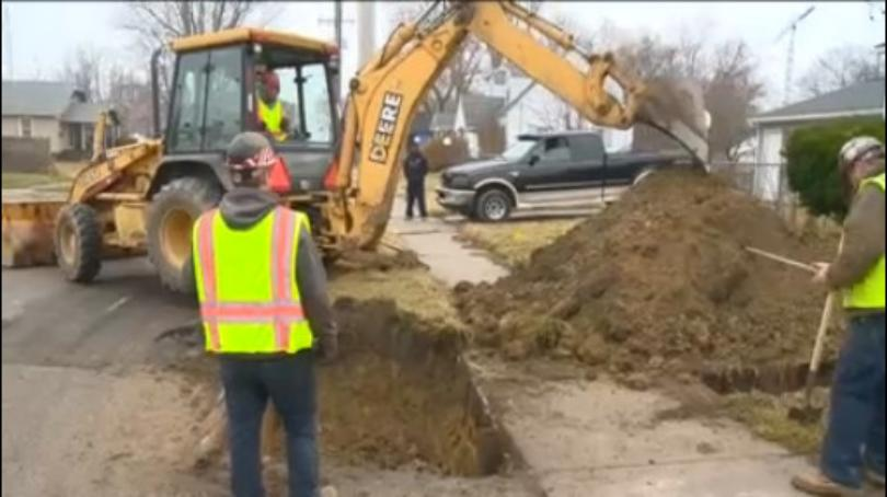 Non-profits continue to pay for pipe replacements in Flint