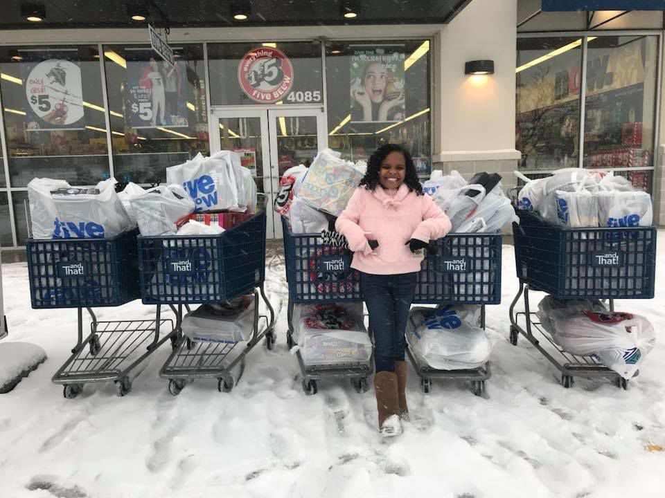Event brings holidays to 500 Flint kids
