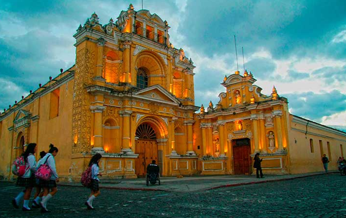 Travel Photography Workshop Guatemala