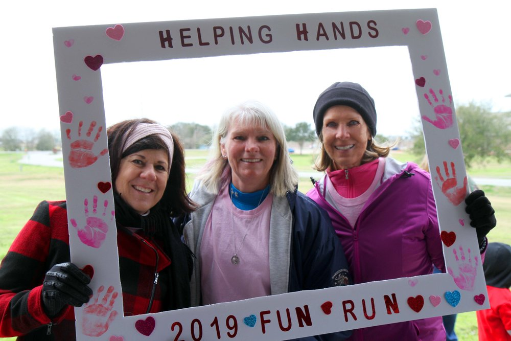 HELPING HANDS' FUN RUN - Love Your Food Pantry, Love Your Community!