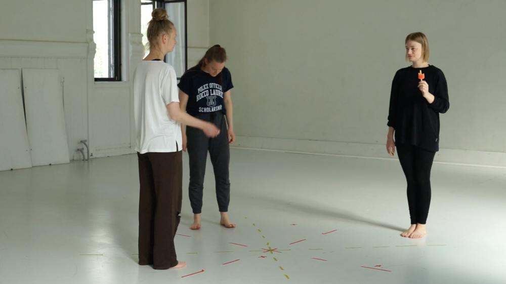 Ida Gudbrandsen, Julie Moviken and Ingrid Haakstad.
