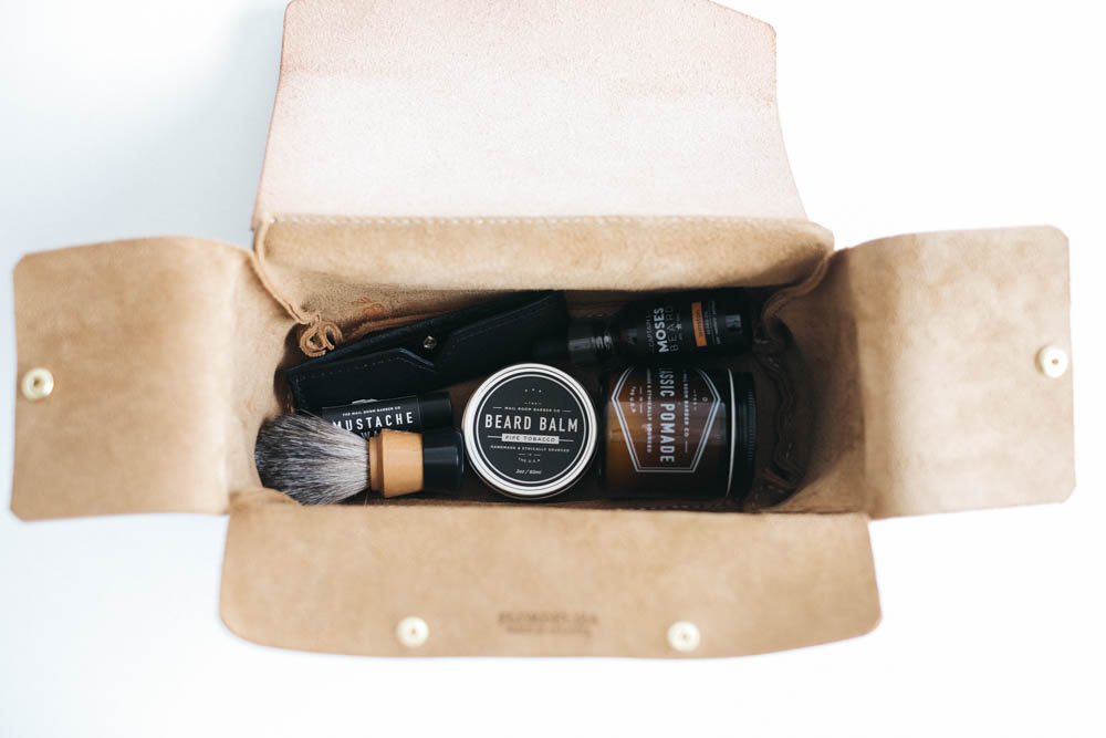 Flordeliza Two-Toned Dopp Kit