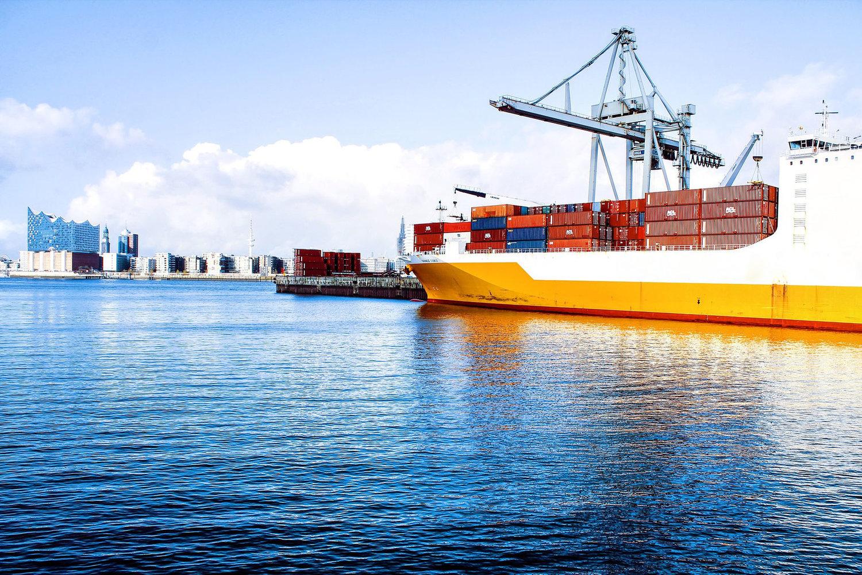 fedex trade networks transport tracking