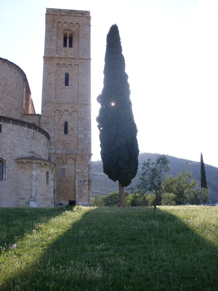 Sant'Antimo Abbey.jpg