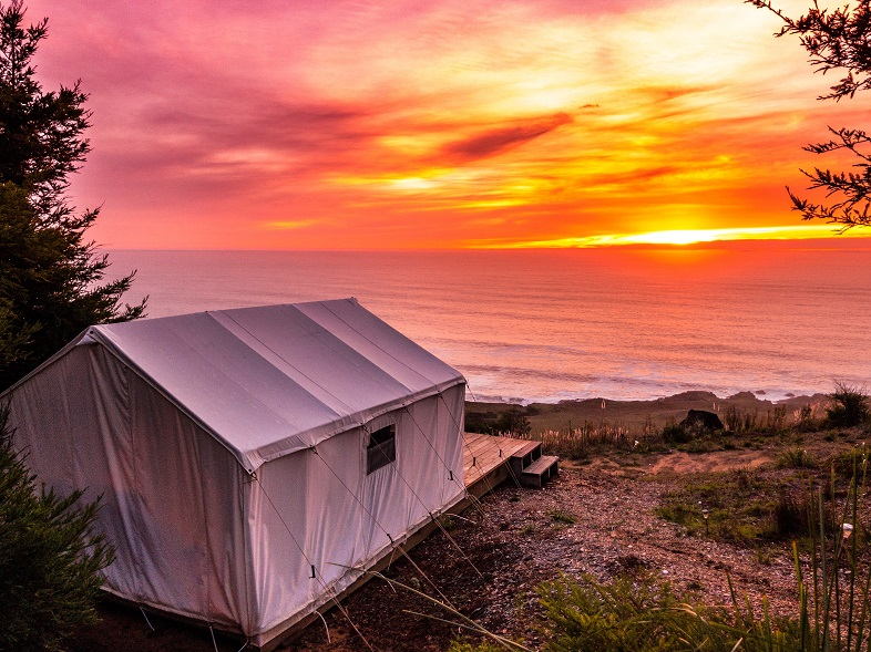 Glamping Hotel - Northern California