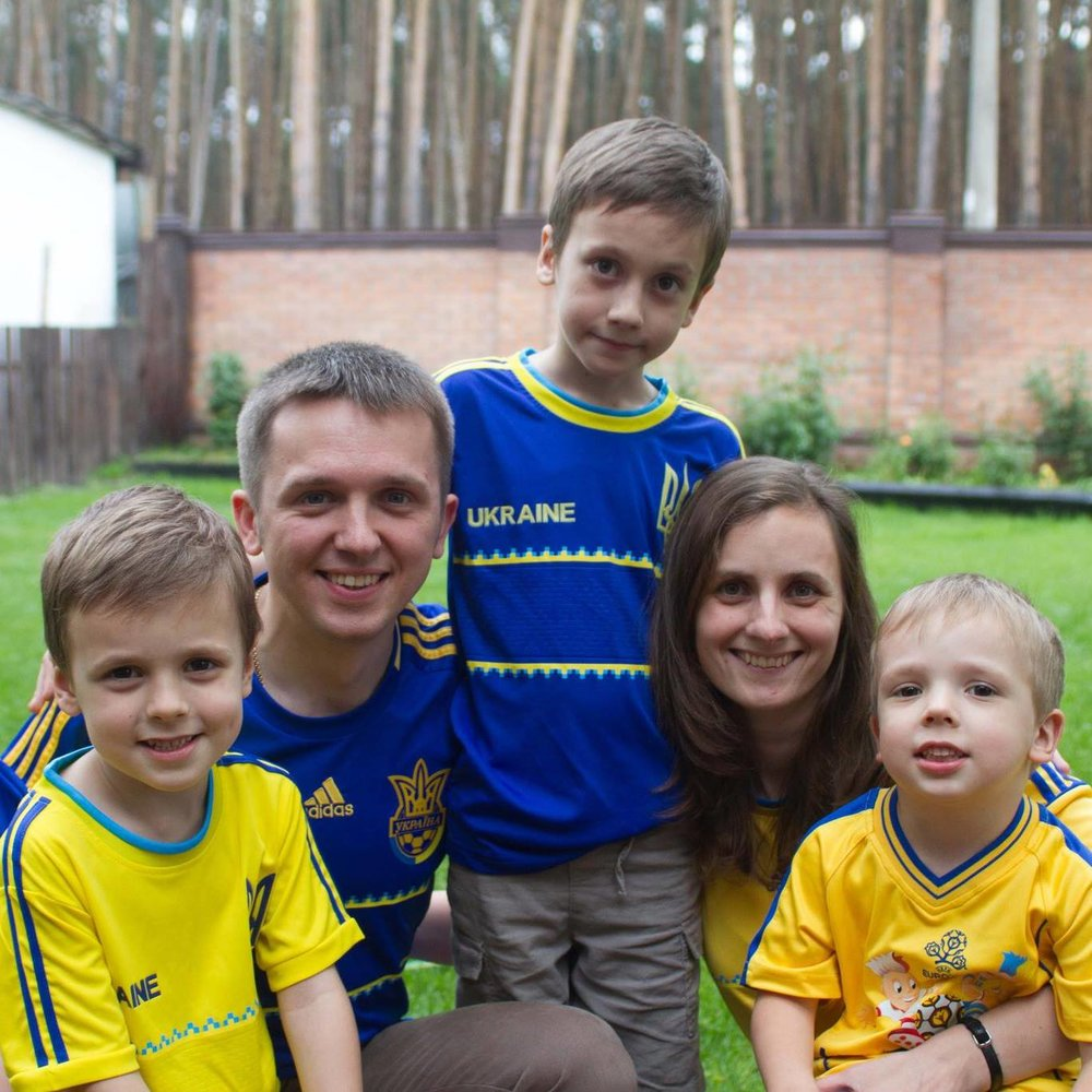 Sasha, Yulia and boys - Aug 2014
