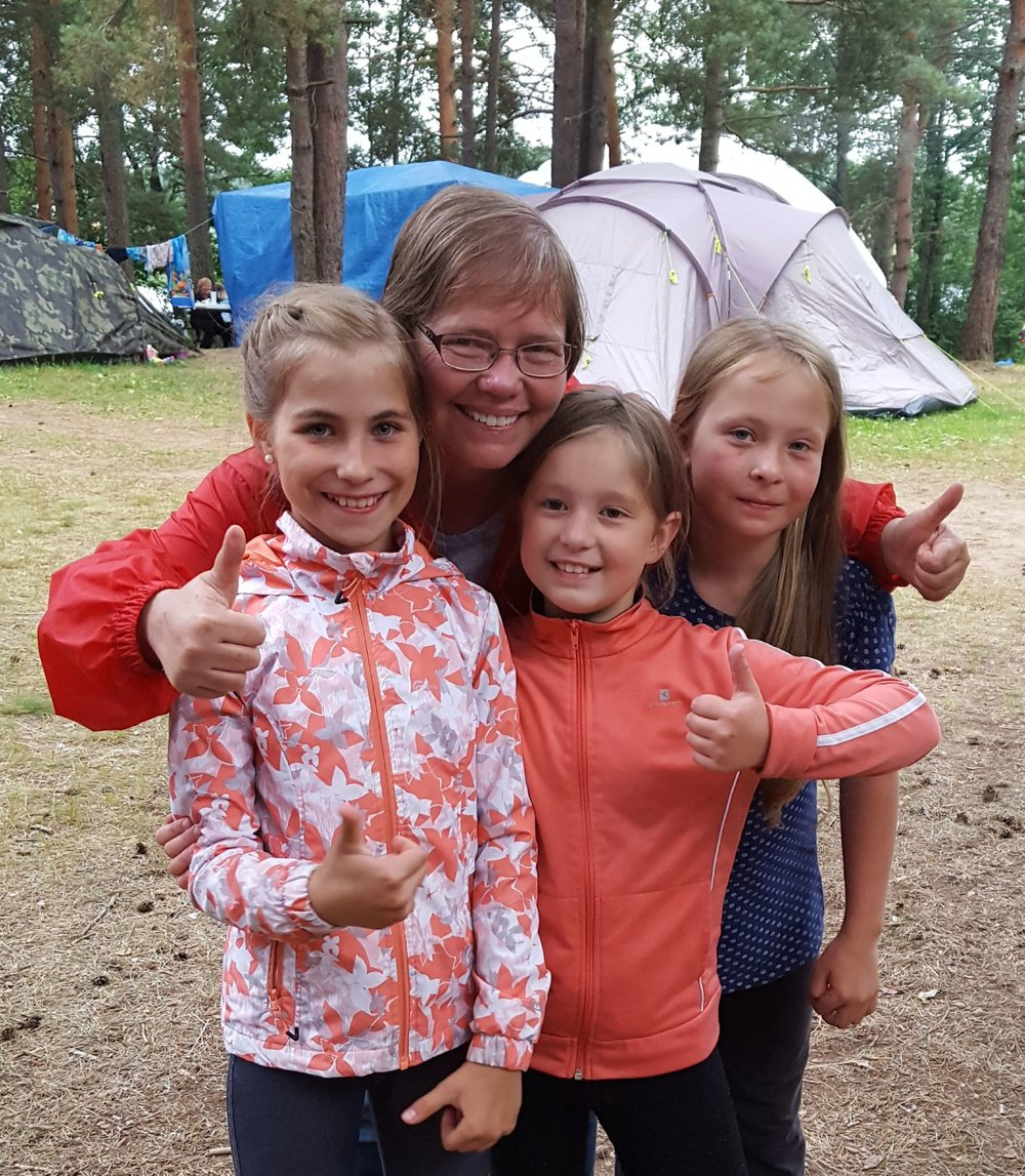 Becky with Russian girls on camp out - Jul 2017