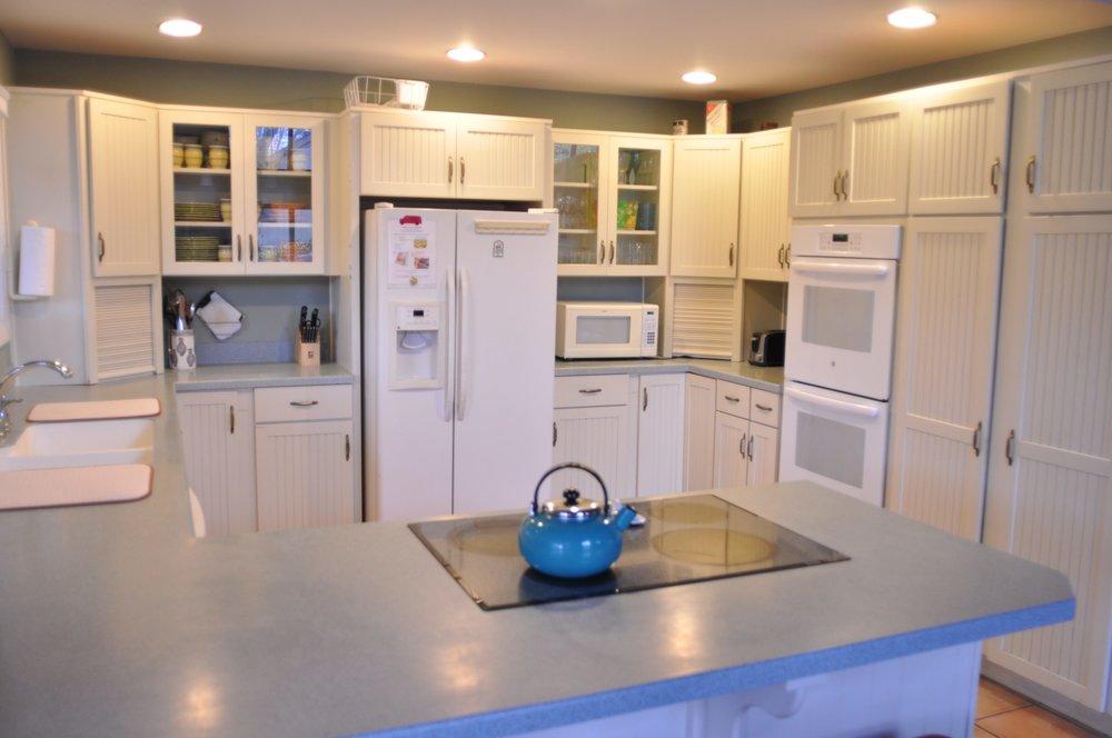 Beautiful, Spacious Kitchen.