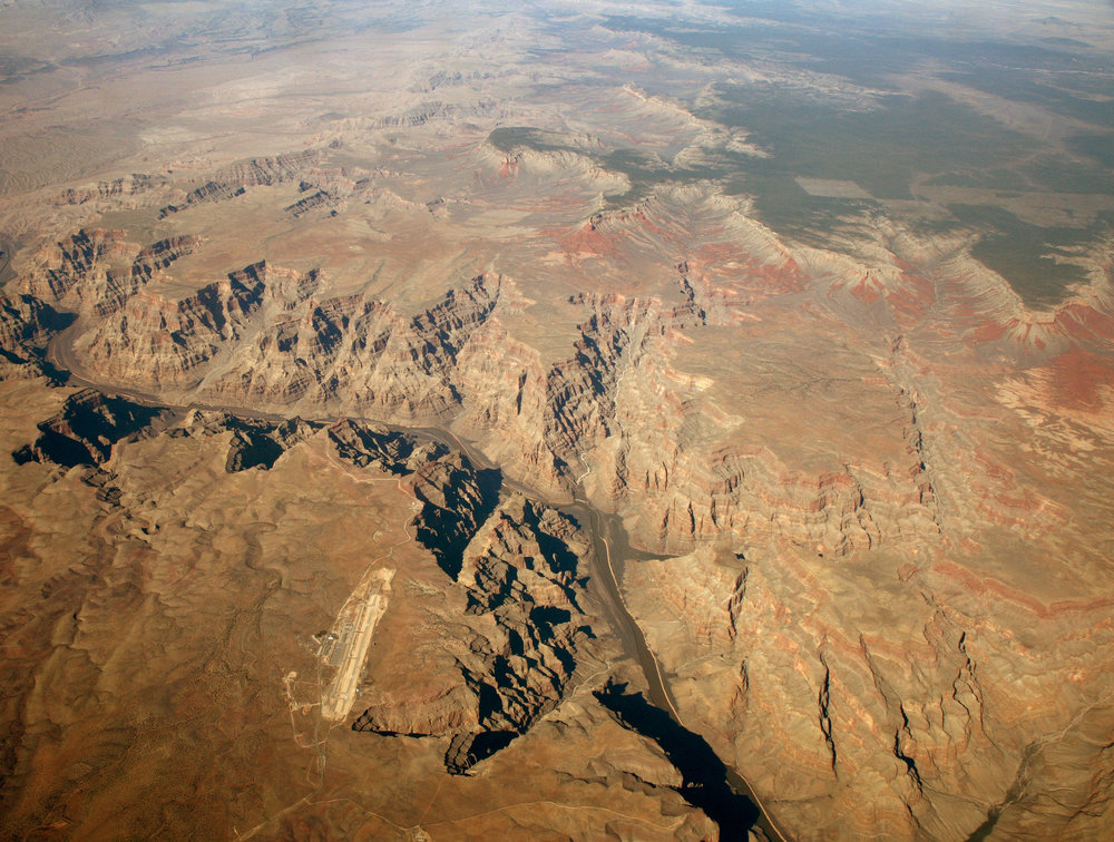 Grand_Canyon_West_Airport.jpg