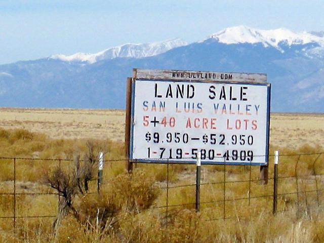 Costilla land sign.jpg