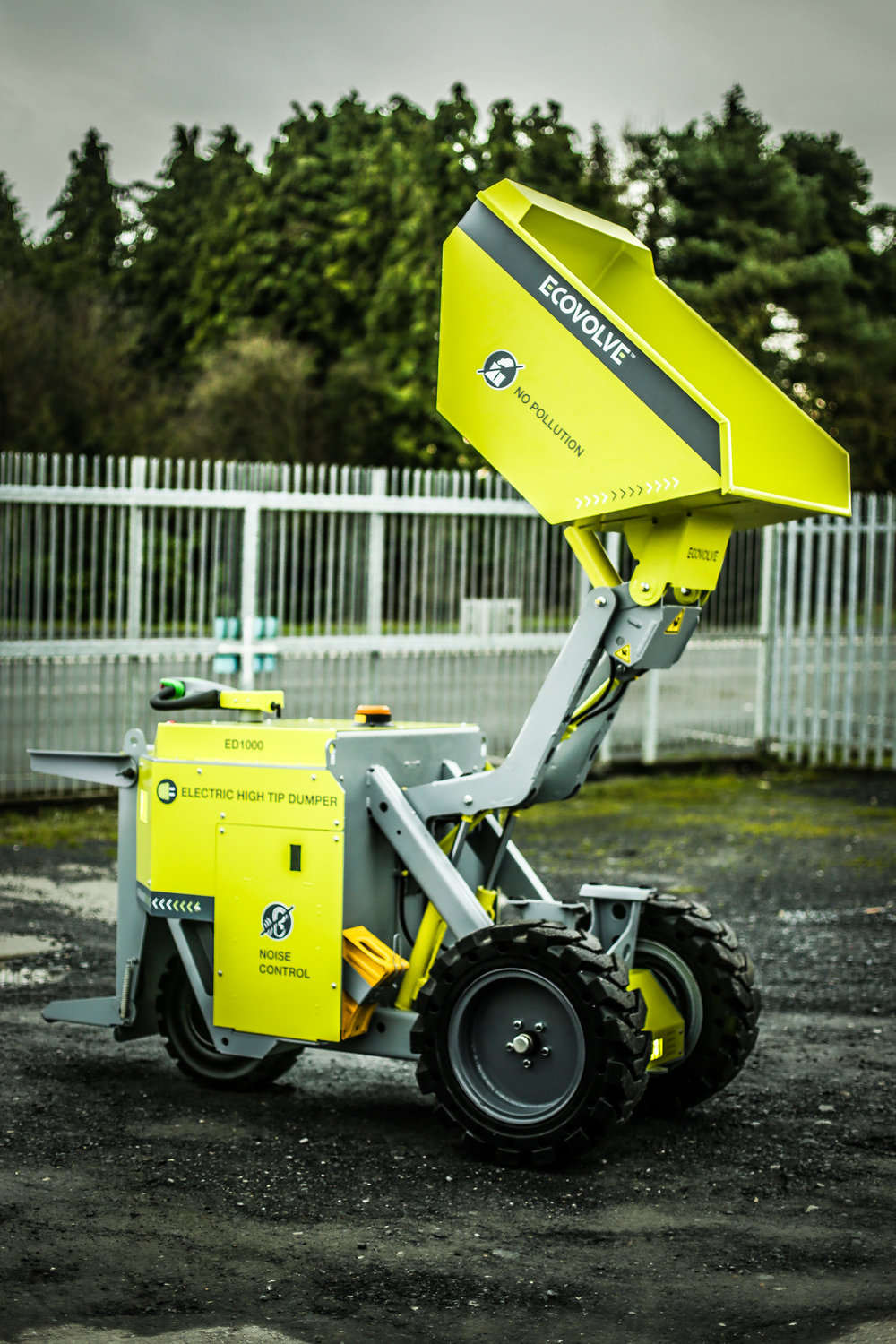 ECOVOLVE ED1000 ELECTRIC DUMP CART With Raised Load