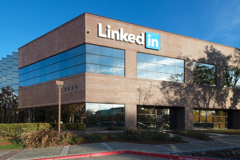 The green in LinkedIn's new campus.  Sustainable Silicon Valley.   Sep. 2015