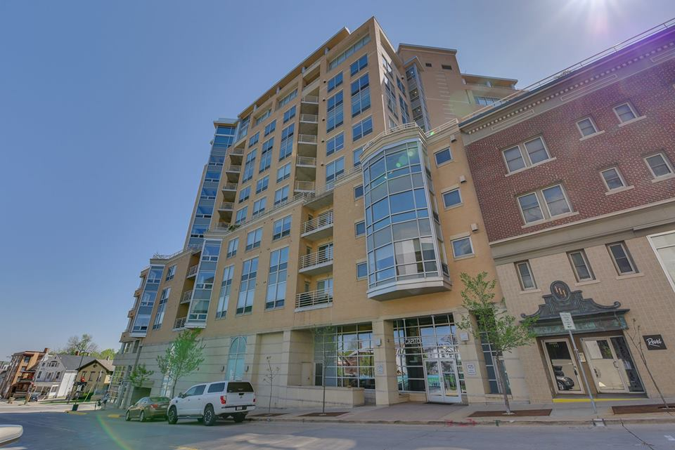 Exterior of our condo listing at 125 N Hamilton St.