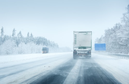 moving-truck-in-snow.jpg