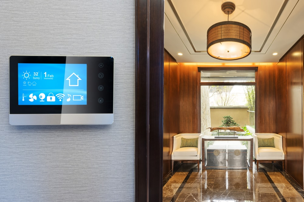 smart digital thermostat energy efficient home