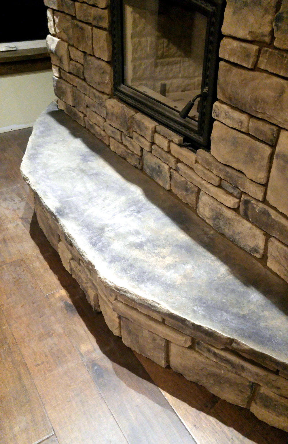 custom_rock_hearth_fireplace