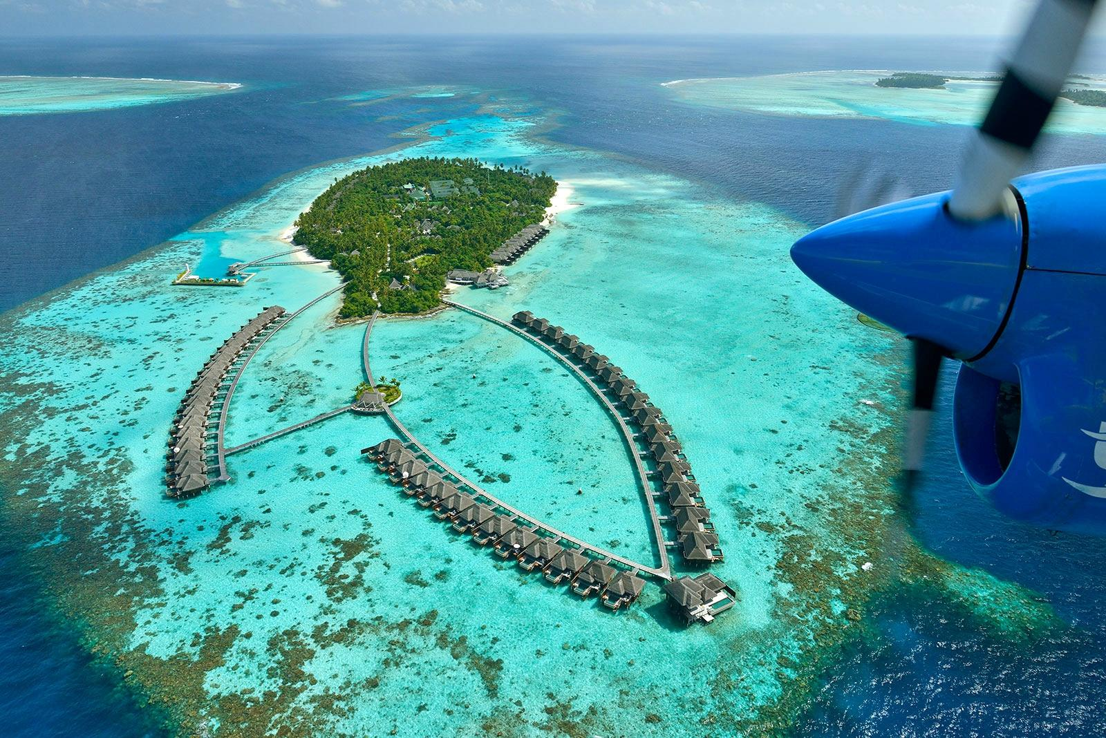ZAP Wanderlust: Top 5 Reasons to Visit the Maldives — ZAPWATER