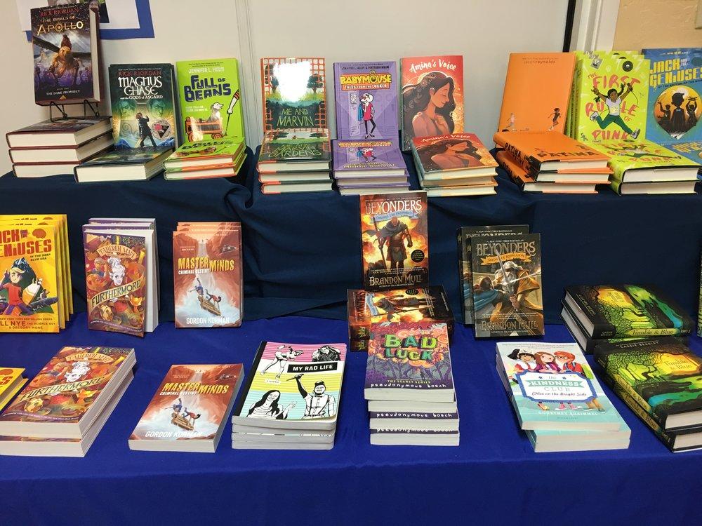 Book Fair 18 6.JPG
