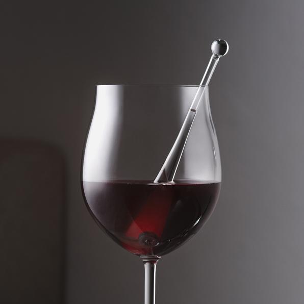 Gem-Water VitaJuwel Gemstone Droplet in Wine Glass
