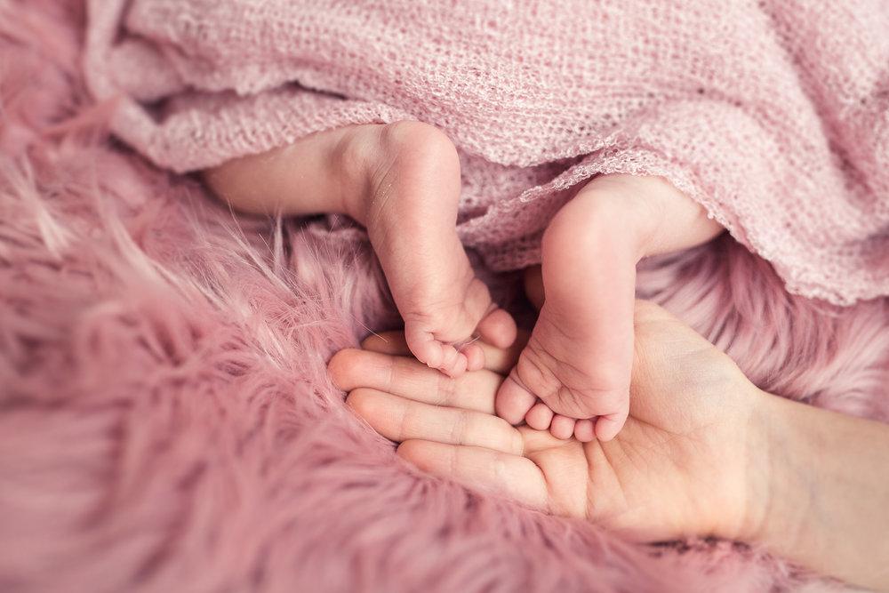 Milana_Newborn-41.jpg