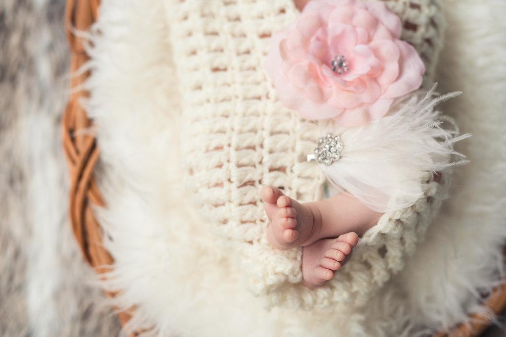 Milana_Newborn-44.jpg