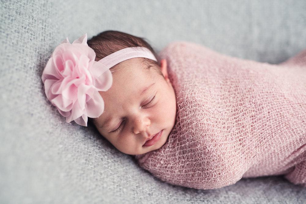 Milana_Newborn-14.jpg