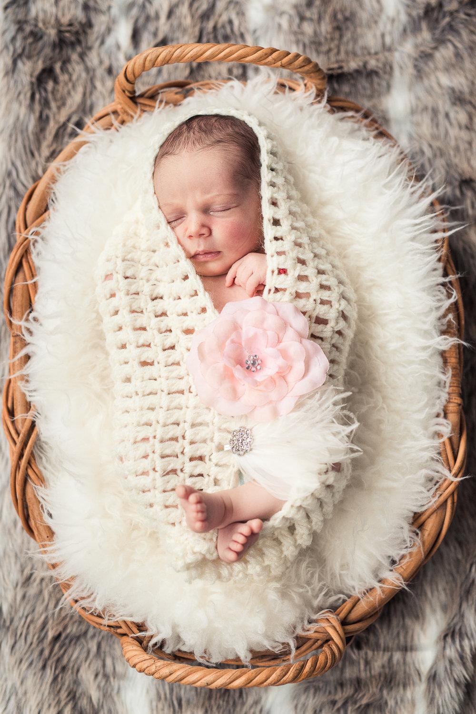 Milana_Newborn-43.jpg