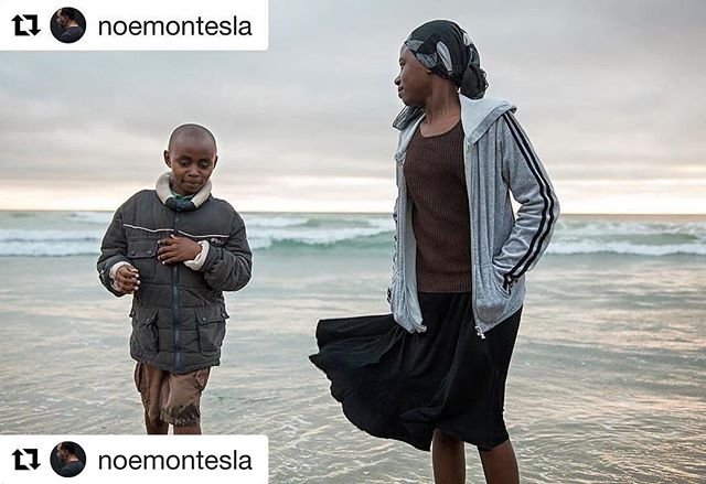 #Repost from @noemontesla ・ ・ Before coming to San Diego Tito and Florentine had only ever lived in a refugee camp. ---Sebazira Amatutule is originally from the Democratic Republic of Congo, he left his country fleeing the violence between the DRC government and local rebels. He ended up in a refugee camp in Uganda where he lived for 20 years.  He and his children came to San Diego as refugees in June 2015. Everything here is new to them. Their whole world changed overnight. They are adjusting slowly. Florentine is excelling in school, Tito is being a 10 year old. They are safe and they are grateful for the opportunity. --photographed for the Annenberg Space for Photography - more New Americans work on my site, noemontes.com. #newamericans #photography #refugees #safety #family #immigration #nobannowall #ripplesofajourney #ripplesofsuccess #thepowerofu  #thepowerofus #immigrant #unified #unabated