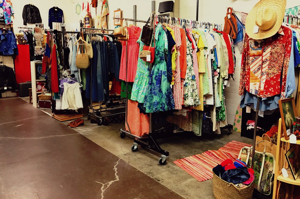Red Fox Vintage | 4528 SE Woodstock Blvd, Portland
