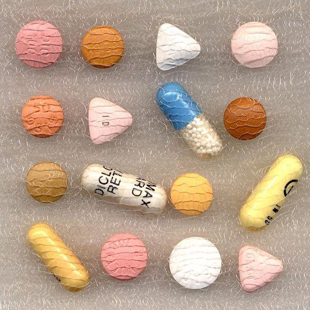 """""""Diclofenac"""" 2000 . .  #sciart #by #drlizlee #and #susiefreeman #pharmacopoeia #antiinflammatory #diclofenac #artpatron #jasmine #diclofenaco"""