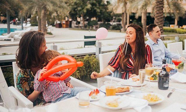 A rare capture of the Brunch Walrus in her natural habitat 😆 Happy Sunday! ☀️😃 . . . #bahrain#bahrainphotographer#bahrainphotography#ksa#dubai#ritzcarletonbahrain#friday runch#birthdayparty#mumsinbahrain#dearphotographer#lookslikefilm#birthdayparty