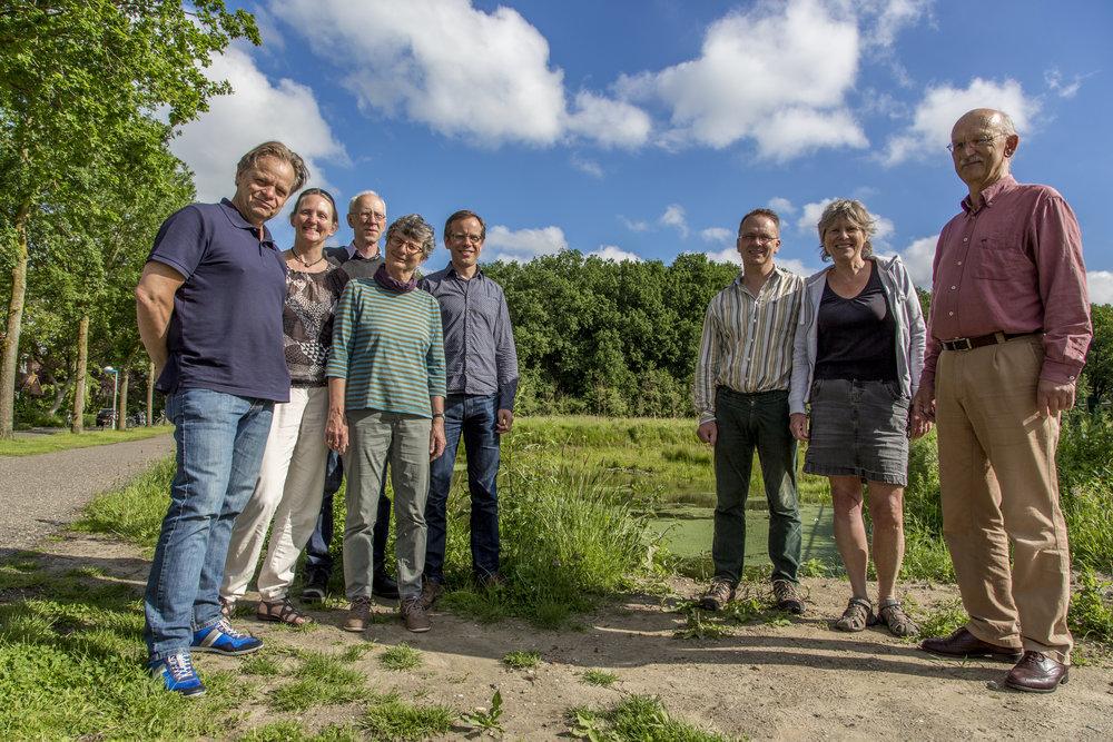 De coalitie Wageningen Goed op Weg met op de achtergrond het Dassenbos (foto Jan ten Haaf)