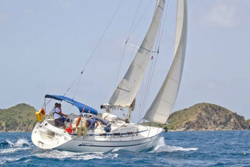 Tortola-Sailing-courses-for-BVI-pic-2.jpg