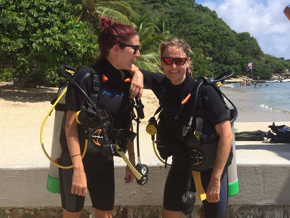 Ready to dive - Cooper Island, BVI