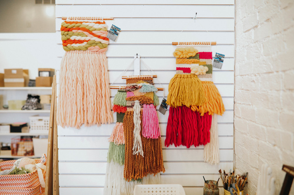 woven_wall_hanging_sarah_harste_workshop_handzy_covington_cincinnati
