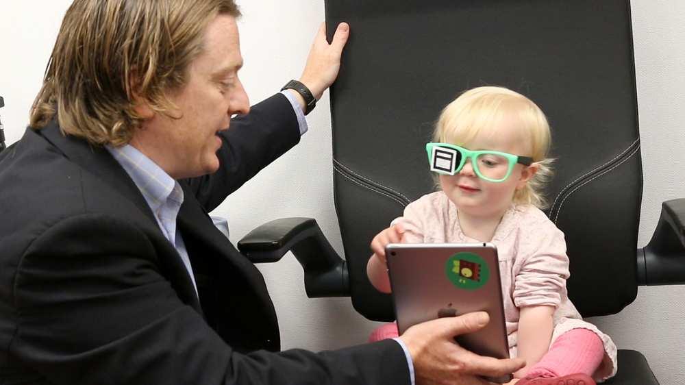 Dr_Luke_Anderson_daughter.width-1000.jpg