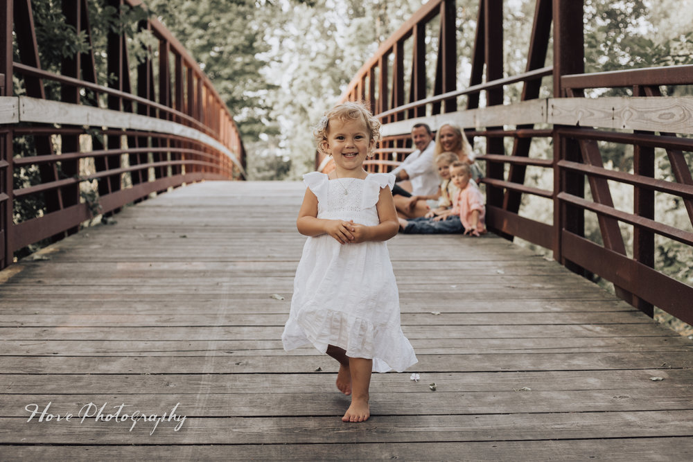 Green Isle Park: Family Photo Session
