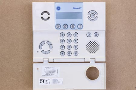 Simon XT alarm panel