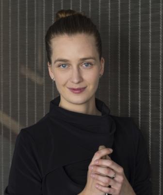 Elena Schwarz 2 credit Priska Ketterer.jpg