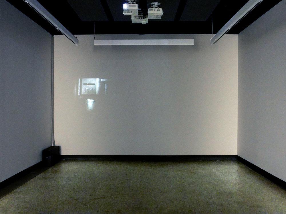 © Jacinthe Lessard-L., La chambre inverséeexhibition view (2014).Photo: Dazibao.