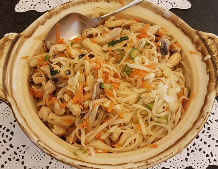 Chicken and vegetable stir fry with rice noodles my cup of tea chicken and vegetable stir fry with rice noodles forumfinder Image collections