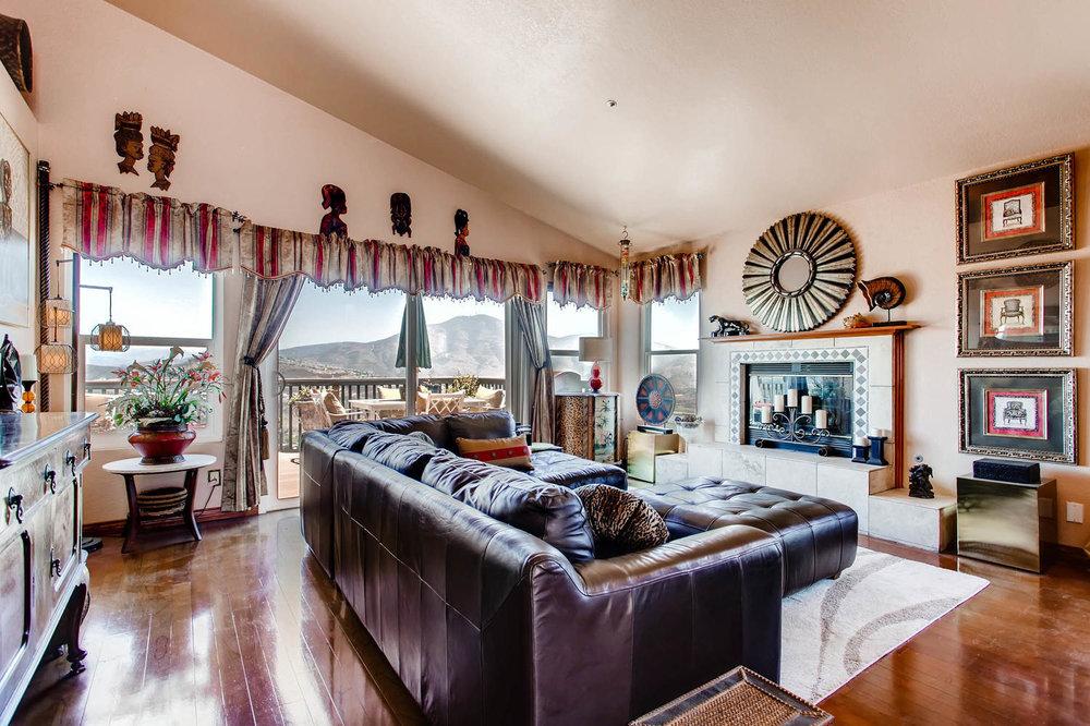1525 San Bernardino Ave Spring-large-003-2-Living Room-1500x1000-72dpi.jpg
