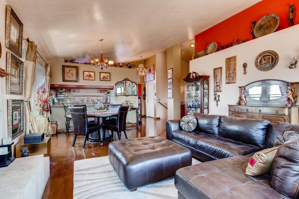 1525 San Bernardino Ave Spring-large-005-3-Living Room-1500x1000-72dpi.jpg